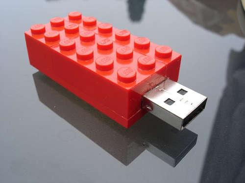 USB-minne för dig som gillar LEGO